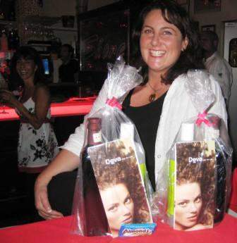 Kym with goody bags2