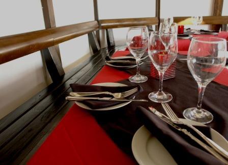 Patio dining2