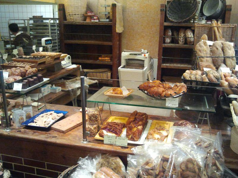 Alon Bakery2