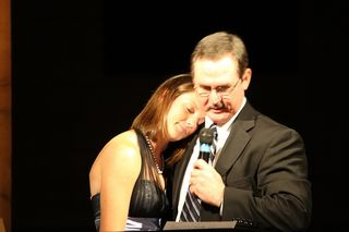 Great pic of dad and daughter from Kims group 2009