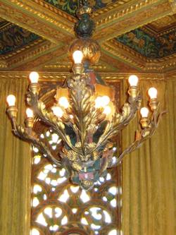 Gold_room_chandelier_in_hc