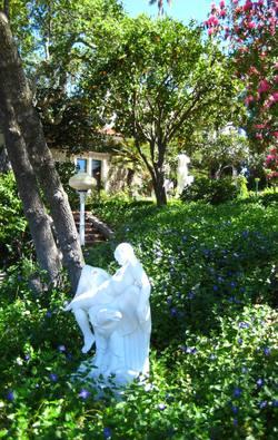 Hearst_castle_garden