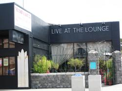 Live_at_the_lounge