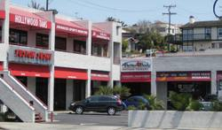 Strip_mall_on_pch